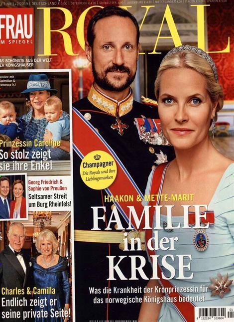 Frau-im-Spiegel-Royal-Abo